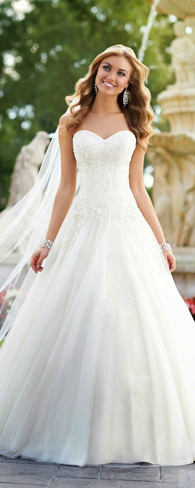 Best Wedding Dresses of 2014 | Pinterest | Bridal collection, Fall ...