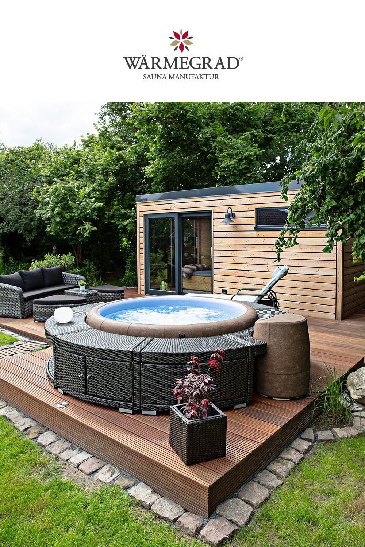 Ein Eigener Spa Bereich Im Garten Mit Softub Whirlpool Und Warmegrad Sauna Sauna Im Garten Whirlpool Garten Gartenpools