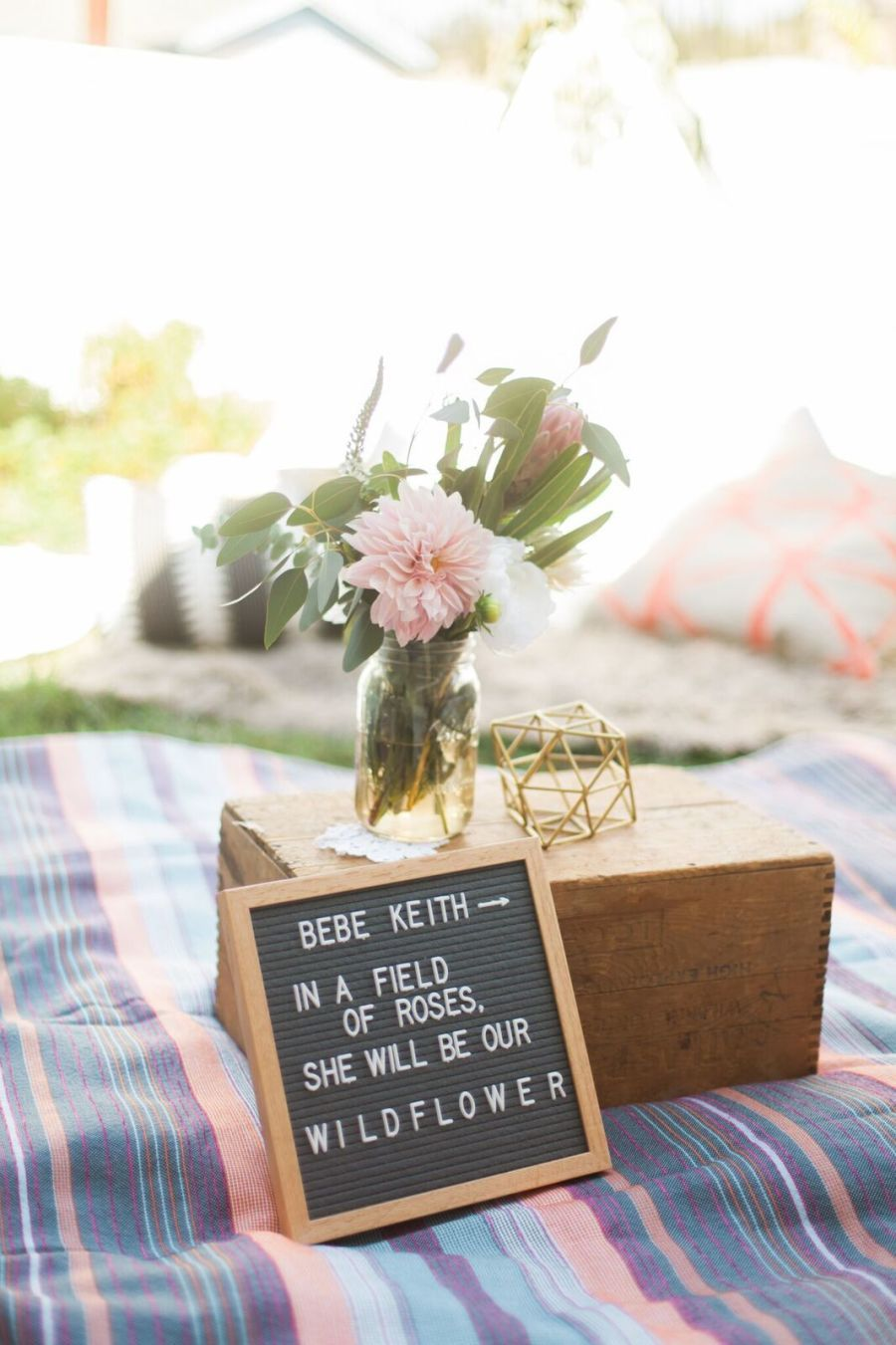 Bohemian inspired baby shower: Photographer : Jenn Strauss Read More on SMP: http://www.stylemepretty.com/living/2016/11/14/celebrating-baby-with-a-bohemian-inspired-baby-shower/