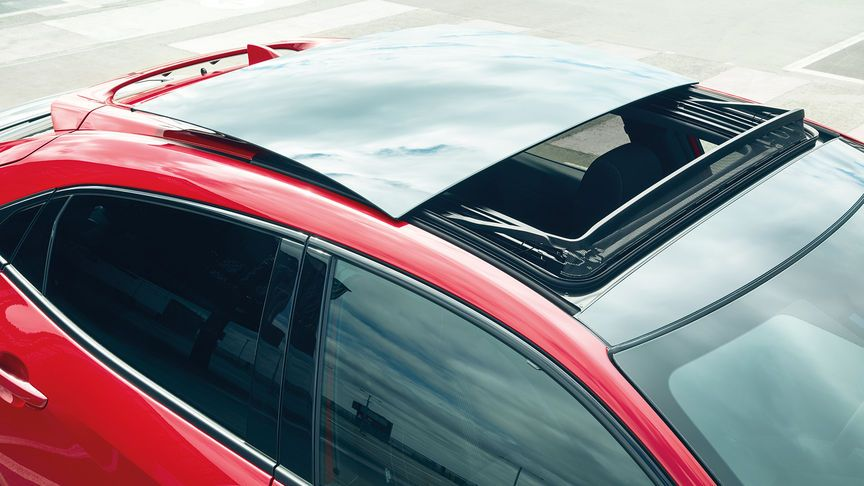 Honda Civic avec toit en verre ouvrant. Honda civic