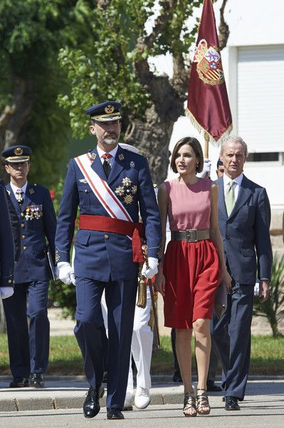Queen Letizia of Spain Photos - Spanish Royals Attend a Military Event in Murcia - Zimbio