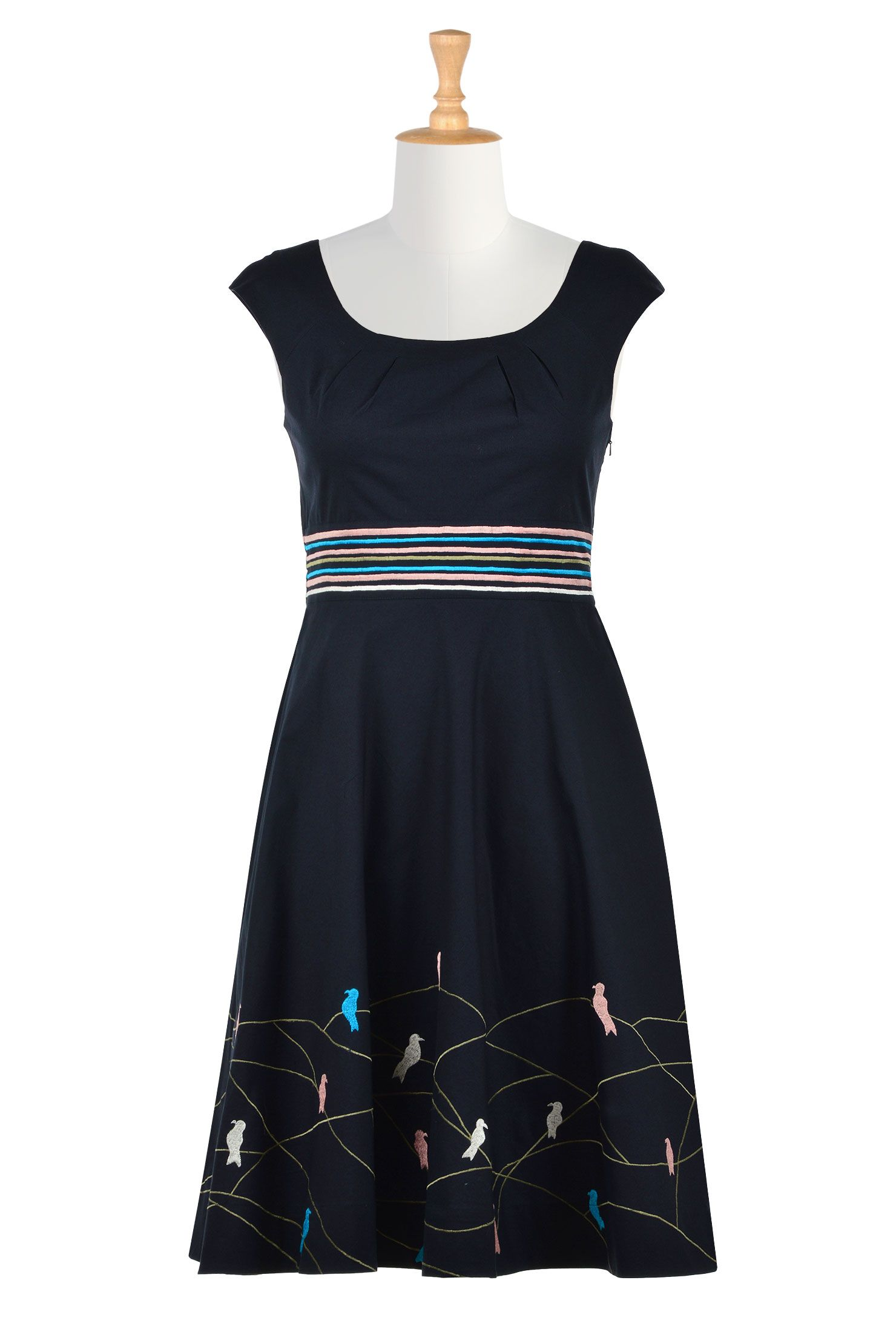 92d3f8e4634 Shop Women s designer fashion dresses