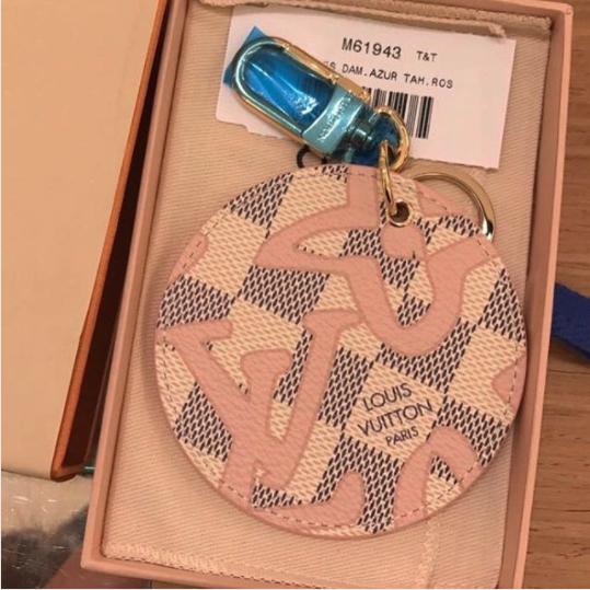 5ebfa89be3 Louis Vuitton Rose Ballerine Damier Azur Tahitienne Illustre Bag ...