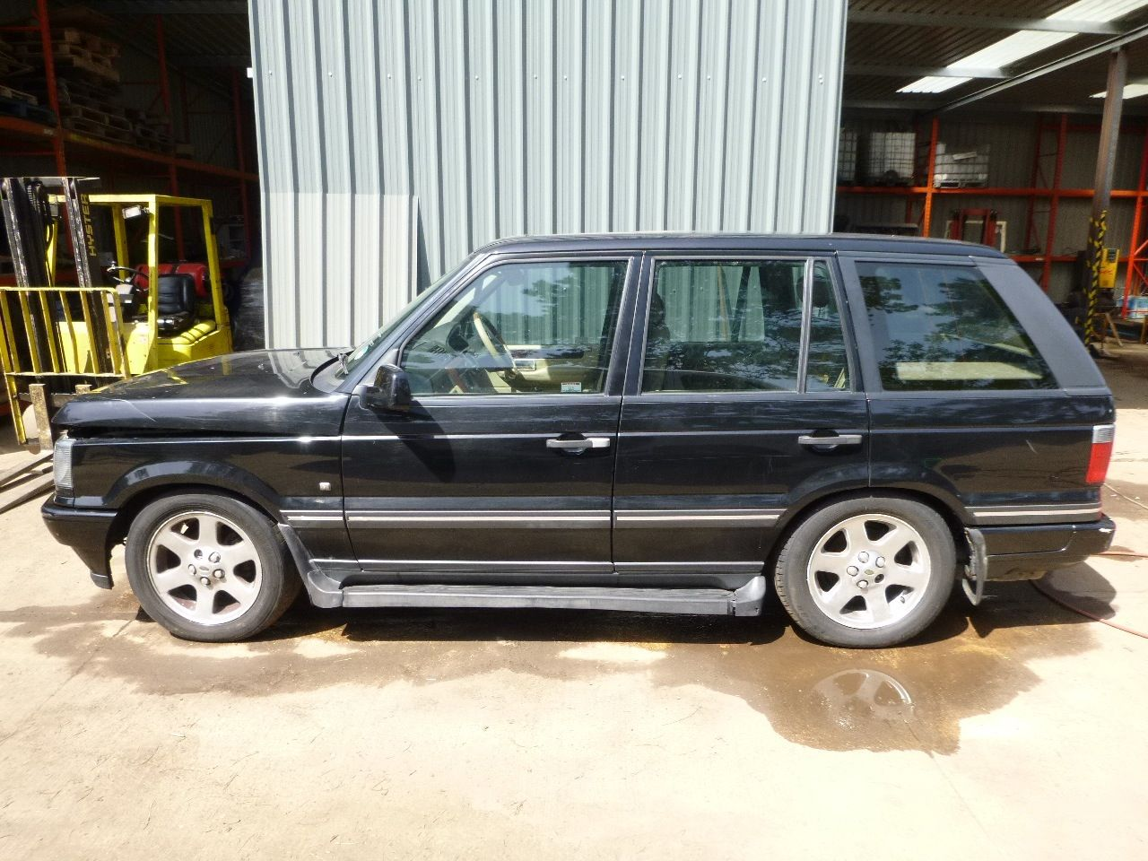 Range Rover P38 1999 2002 4 6 V8 Breaking For Spares Call Us