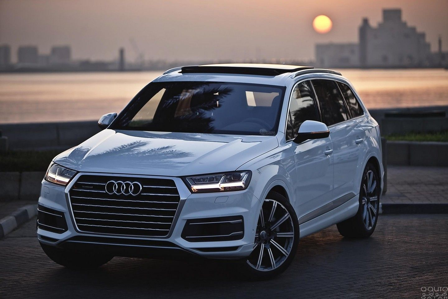 certain 2017 audi q7 models recalled for seats. Black Bedroom Furniture Sets. Home Design Ideas
