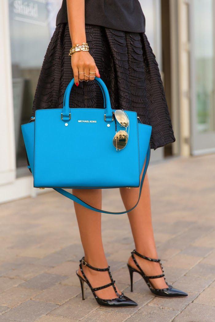 6f47b8df9e9eb3 Top 10 Most Popular Handbag Designers | Women's Fashion | Michael kors  selma, Fashion, Handbag stores