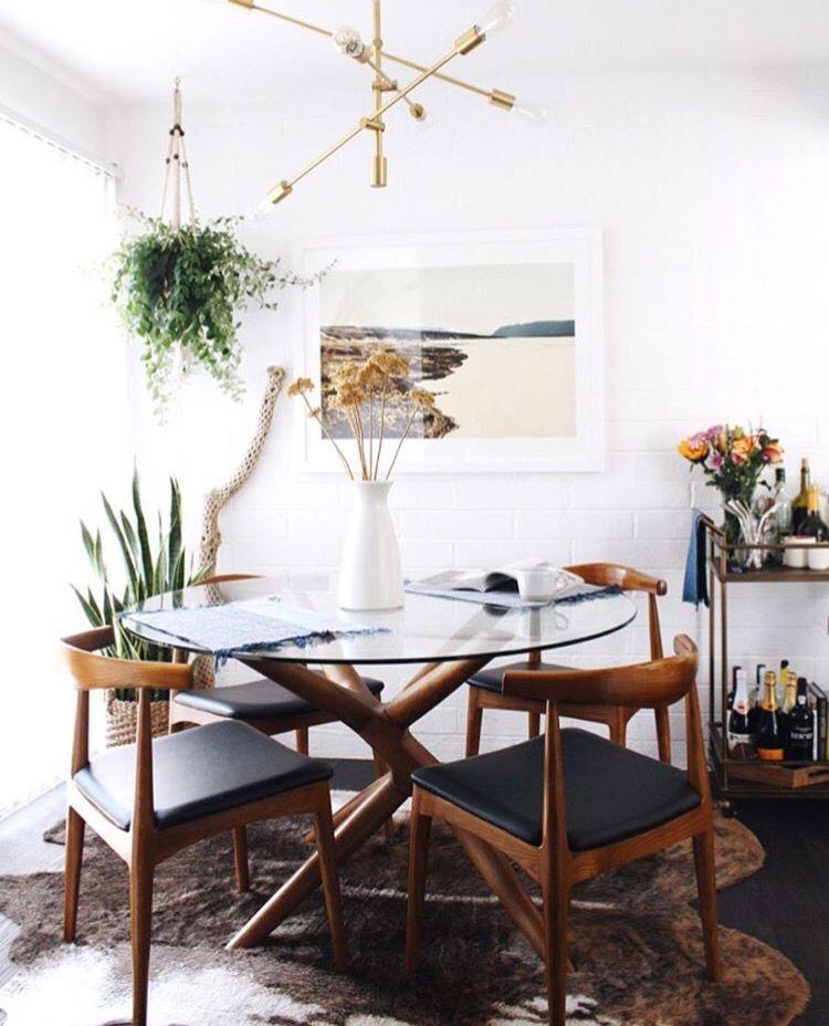 Modern Dining Room Interior Styling Love The Mid Century Modern