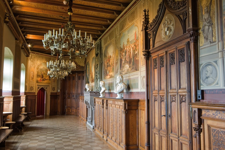 Dzt Generalverwaltung Des Vormals Preussischen Konigshauses Ernst Wrba Hohenzollern Castle Castles Interior Germany Castles