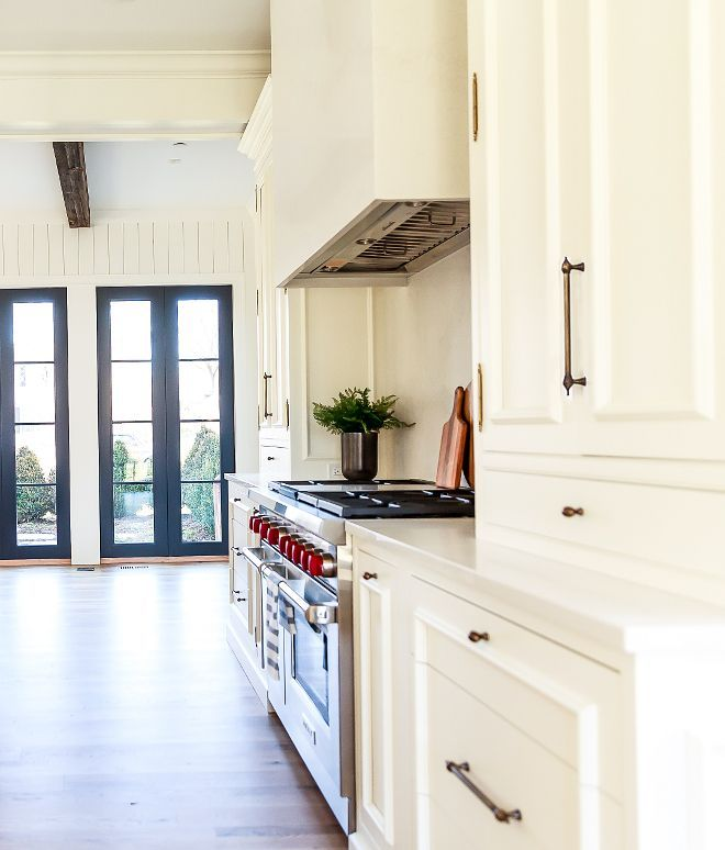 Benjamin Moore Creamy White Kitchen, What Is The Best Benjamin Moore White For Kitchen Cabinets