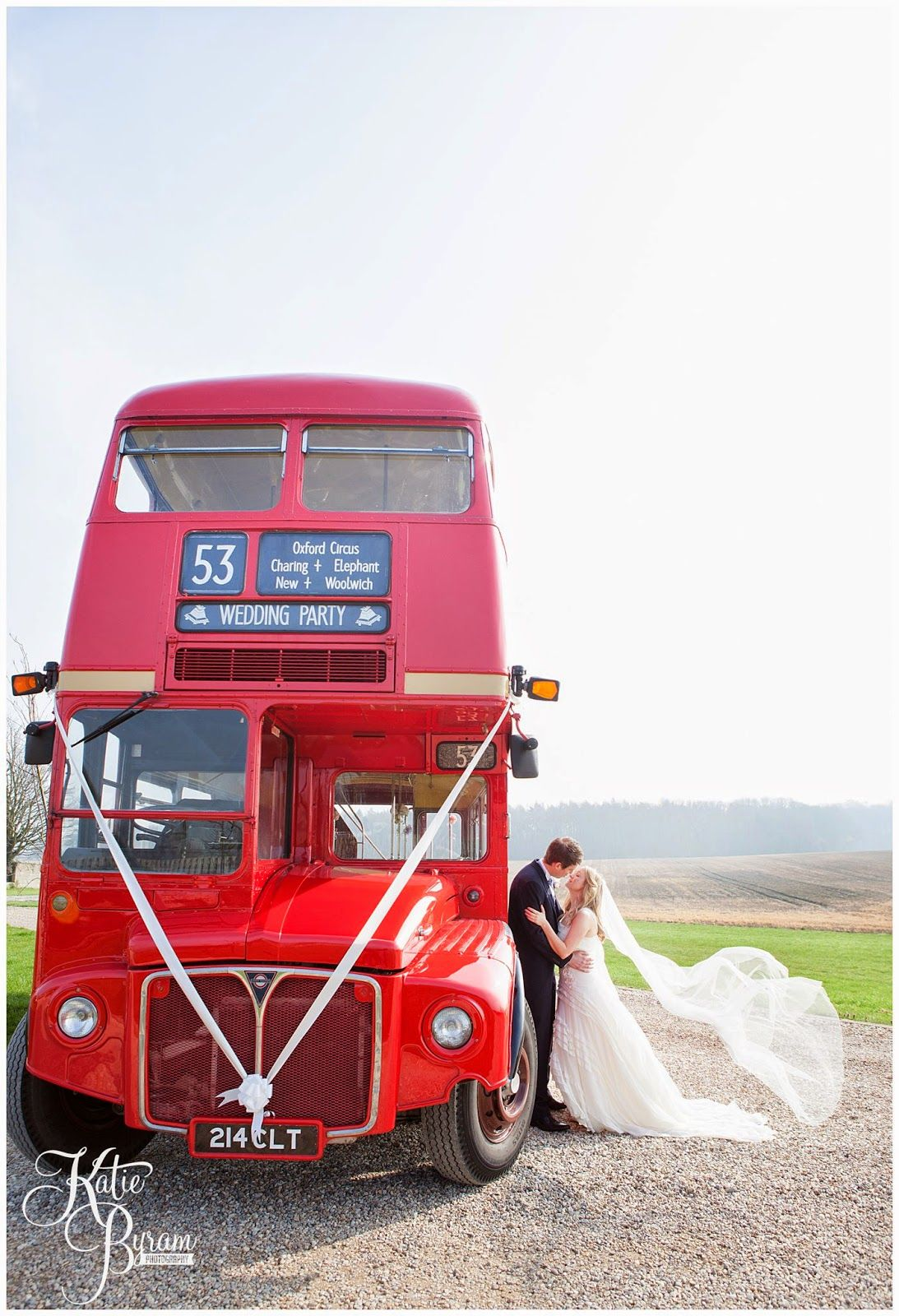 Vintage Wedding Bus Yorkshire Heritage Companypriory Cottages Priory