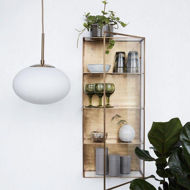 Hojt Skab I Glas Og Messing Fra House Doctor H 80 Cm Moderne