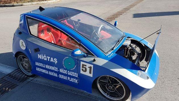 24 öğrenci Elektrikli Otomobil Üretti