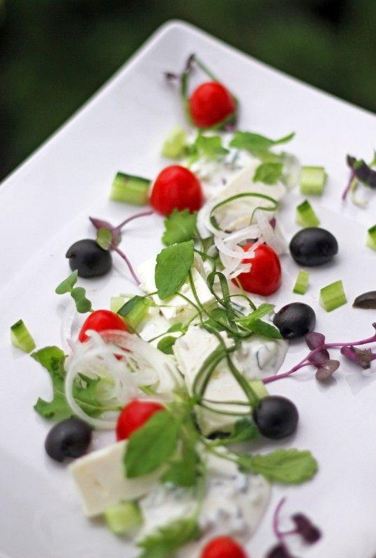 http://www.aromipaja.fi/2014/kreikkalainen-salaatti/