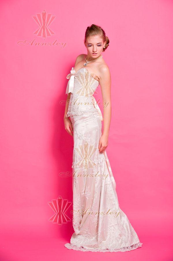 Daisy Beaded White Bridal Corset Wedding Dress 2013 | Annzley Corset ...