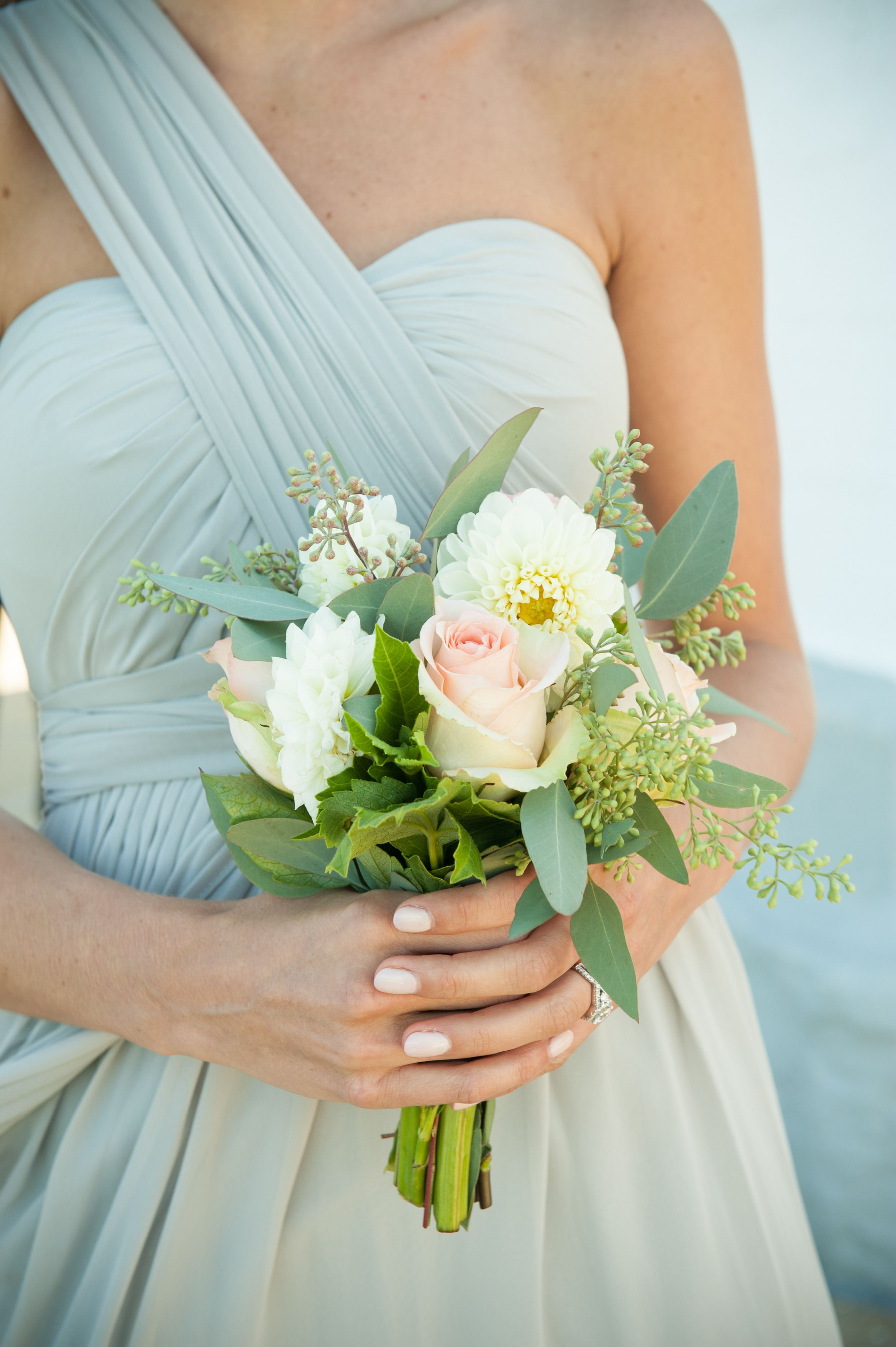 33++ Simple wedding bouquets white roses ideas