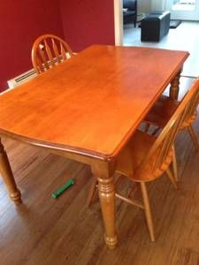 New Hampshire Furniture Dining Room Table