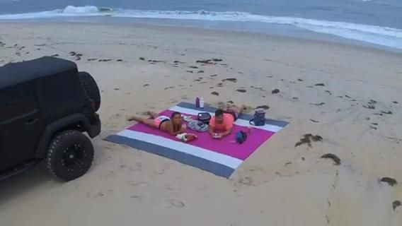 It seems like no matter how far up you go, that beach blanket is going to catch your eye 👀 Thanks to Juan Varela for the awesome vid!😆 #ECCOSOPHY #ECCOSOPHYBeachBlanket #BeachBlanket #sandfree #travelgear #beachaccessory #drone #birdseyeview #beachgear #travellightwithus #adentureready #lookingforadventure