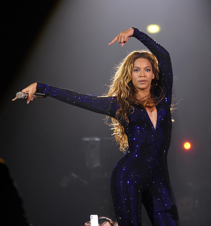 Beyonce Knowles - Irreplaceable Lyrics   MetroLyrics