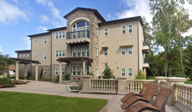 Tuscana Luxury Apartments In Gainesville Fl Luxury Apartments Apartment Internal Courtyard