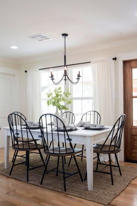 Chip And Joanna Gaines Team Up With Cleveland Browns Quarterback And Former Baylor University Heis Dining Room Small Farmhouse Dining Room Dining Room Curtains