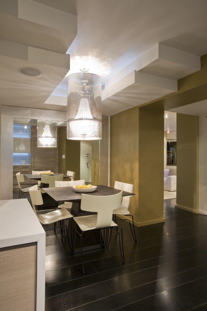500 dining room decor ideas for 2018 dark flooring for Small square dining room ideas