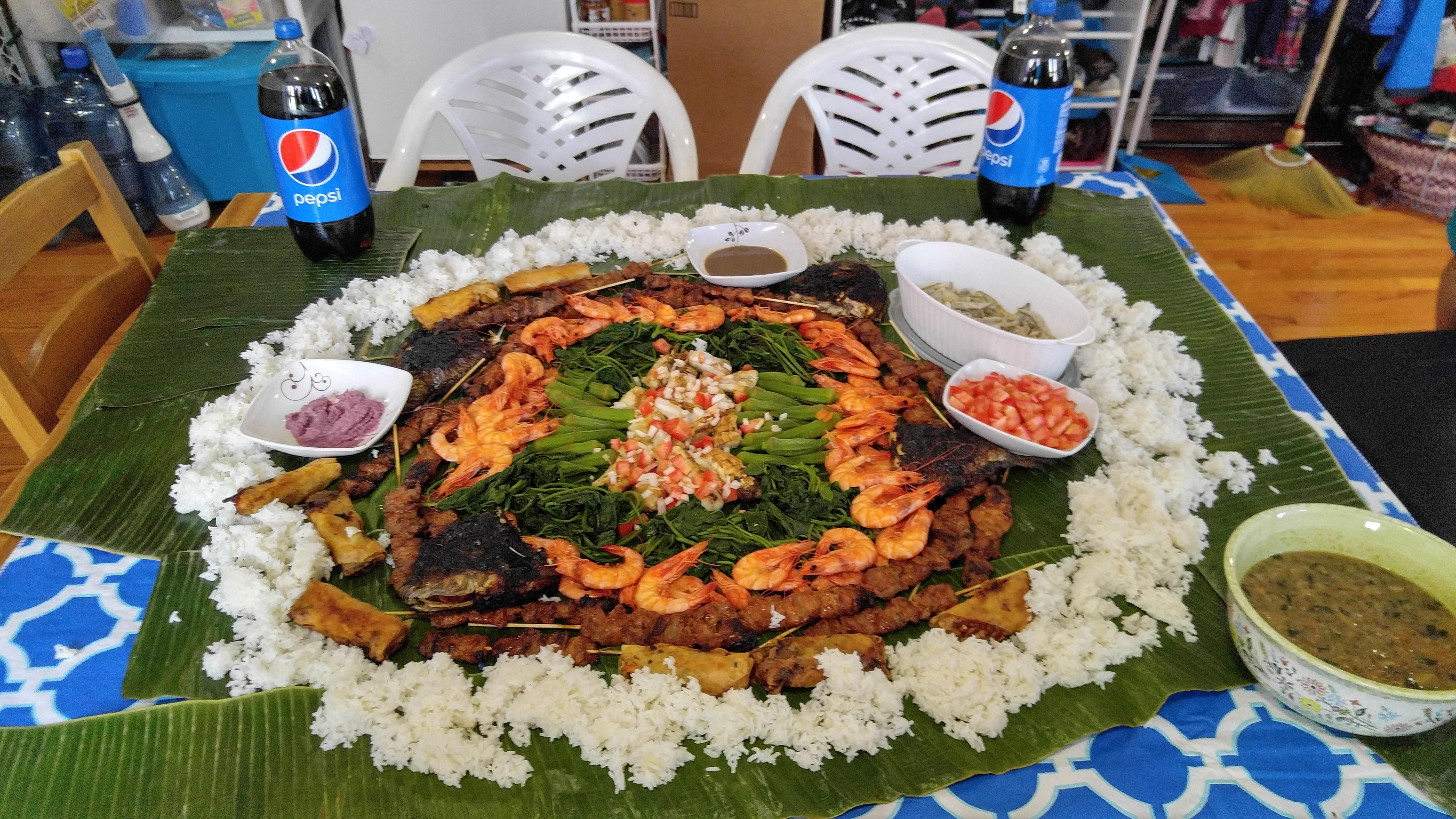 Boodlefight kamayan whatever you call it its traditional