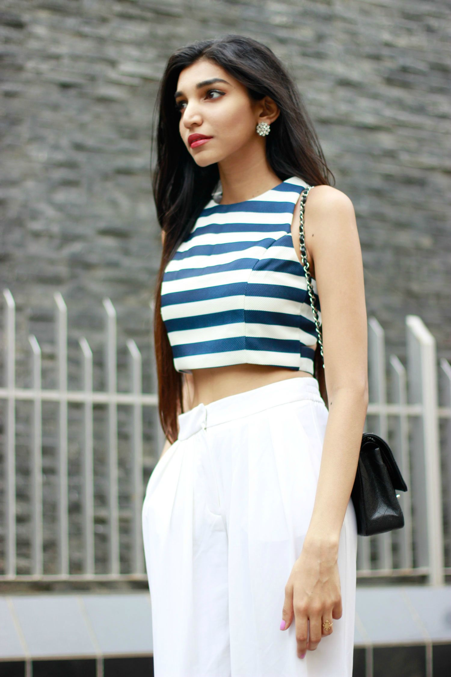 Casual chic street style . Mumbai fashion blogger . white trousers . Formal