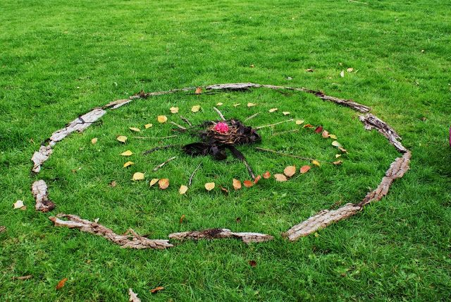 nature mandala EARTH OFFERING, land art, rooted shall be https://etsy.com/shop/MagicalWildCrafting http://leililaloo.tumblr.com/  https://www.facebook.com/magicalwildcrafting