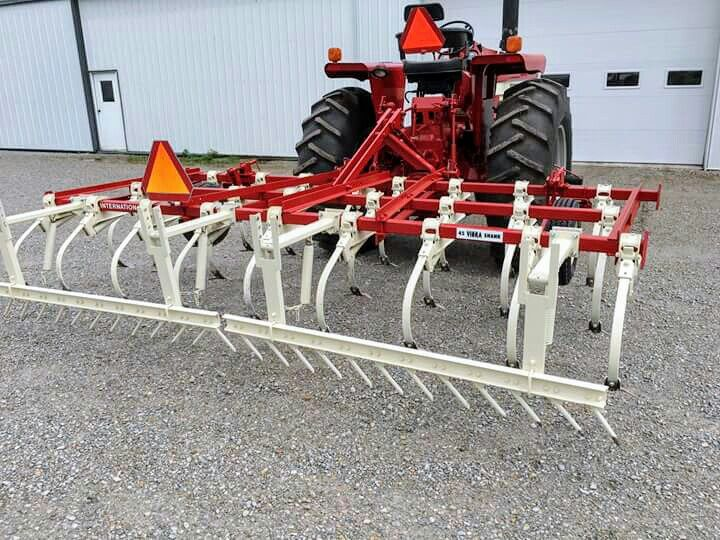 Ih 45 Vibra Shank Chisel Plow Farm Machinery Farmall Tractors