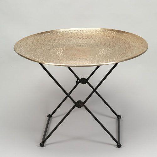 Pour Ceux Qui Aiment Le Style Oriental En Deco Table Basse Ronde Plateau En Aluminium Martele Pietement Table Basse Orientale Table Basse Table Basse Ronde