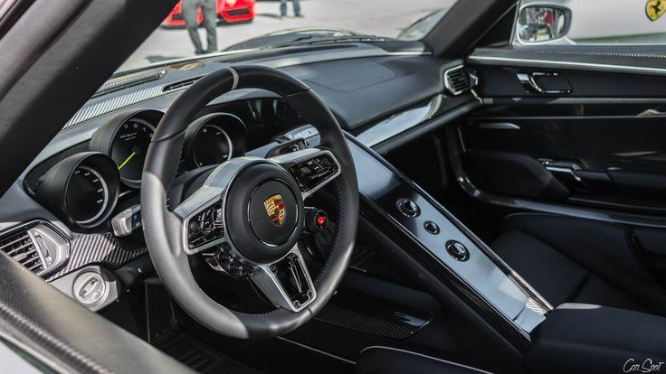 Nice Porsche 2017 918 Interior