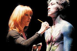 Body makeup by Dany Sanz