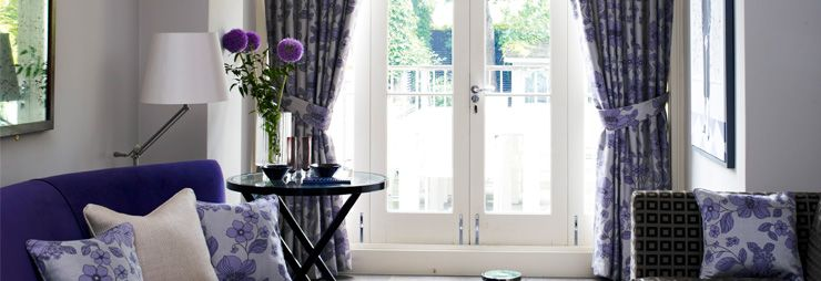 Tips That Explain How To Match Your Carpet With Your Curtain Living Room Blinds Vertical Window Blinds Diy Blinds