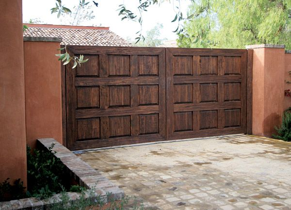 Custom Wood Driveway Gate In San Diego San Diego Garage