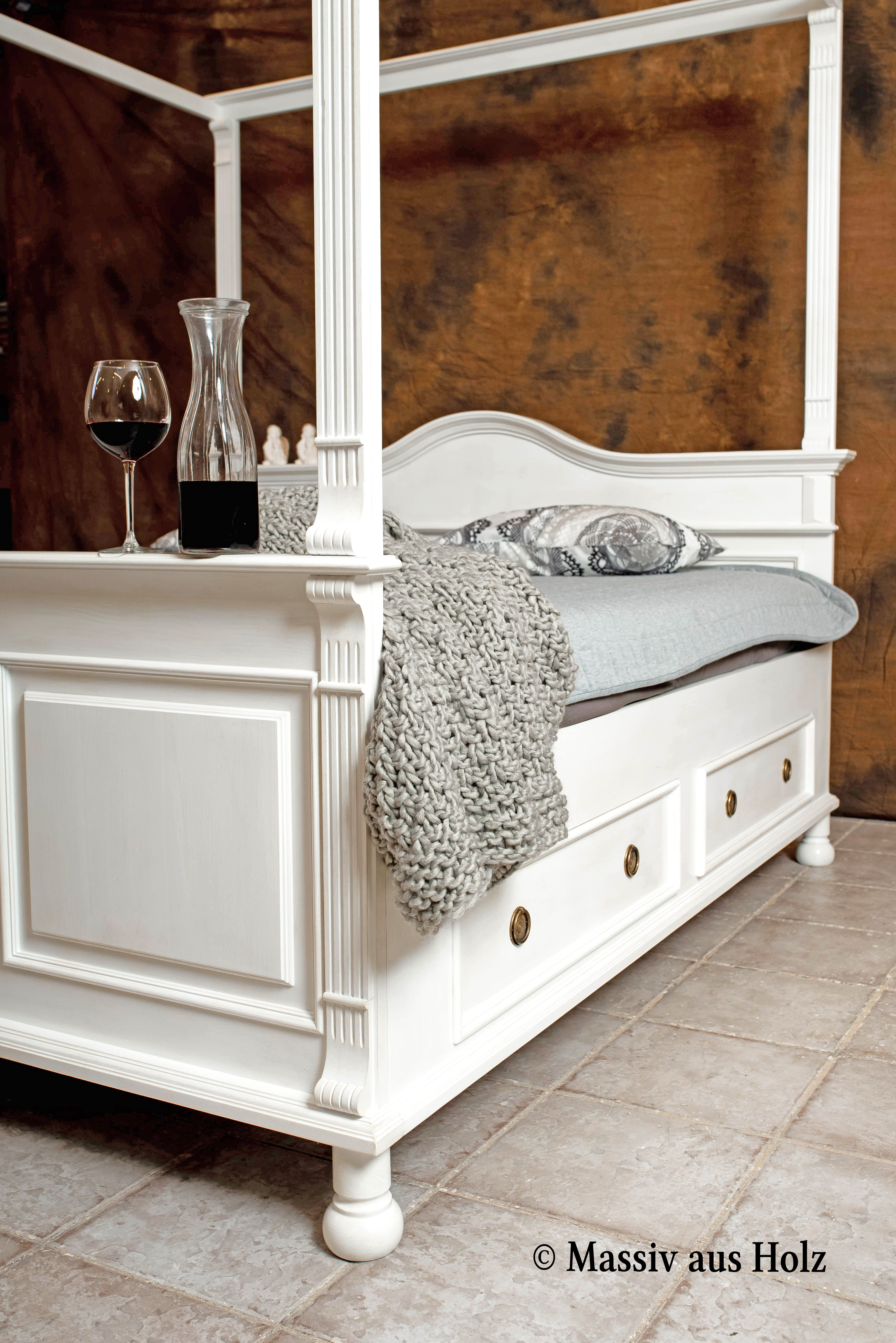 We Would Say That The White Four Poster Bed In Country House Style