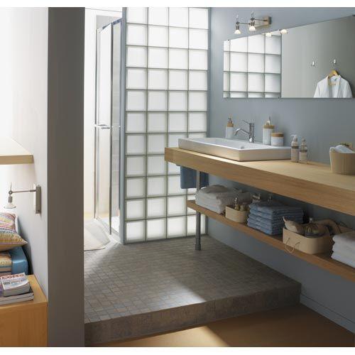 Cloison de la douche en carreaux de verre salle de bain rdc bathroom glass block shower et - Cloison douche verre ...