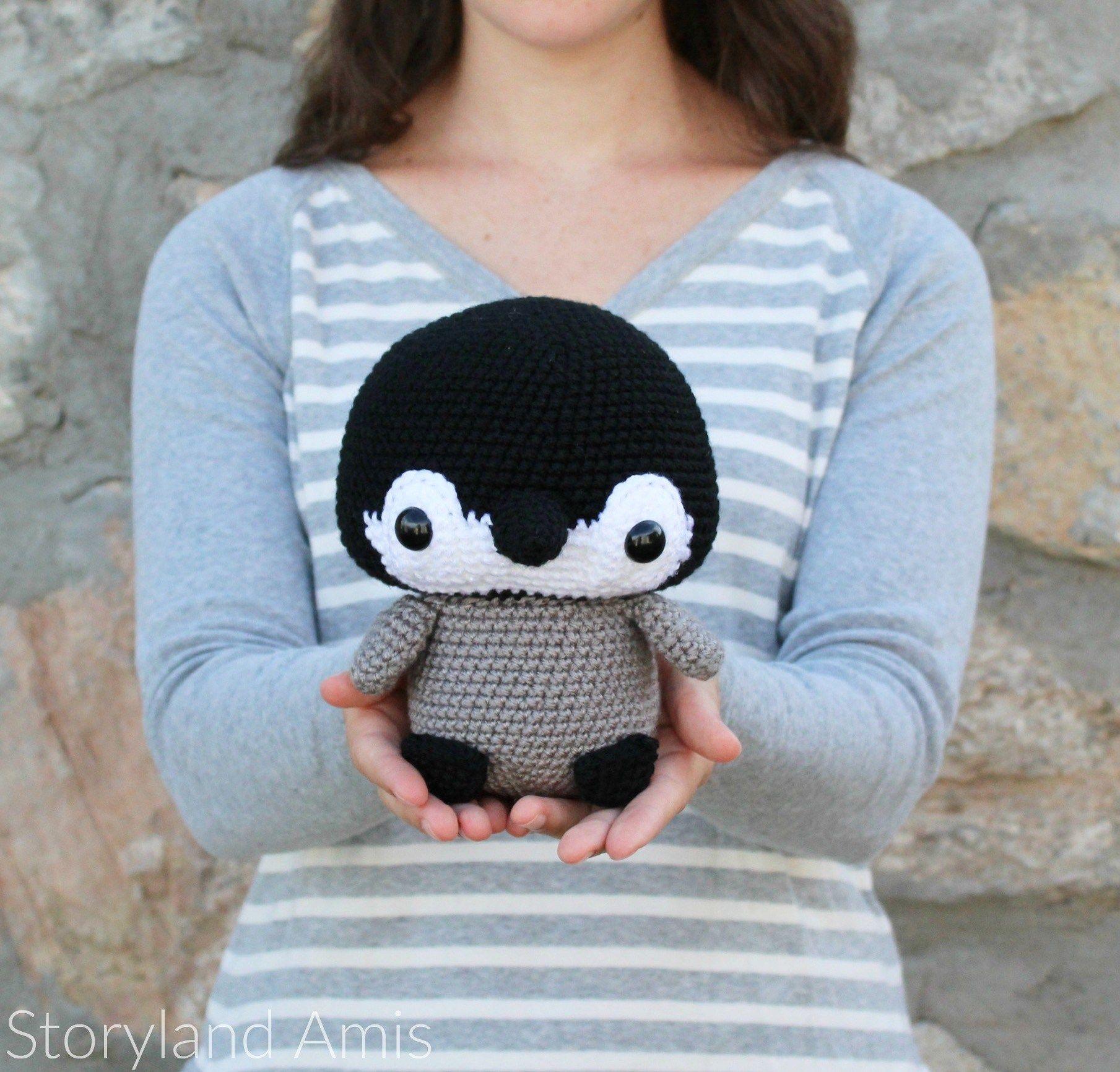 Storyland Amis-Cuddle-Sized Penguin Pattern | DIY - Crochet ...