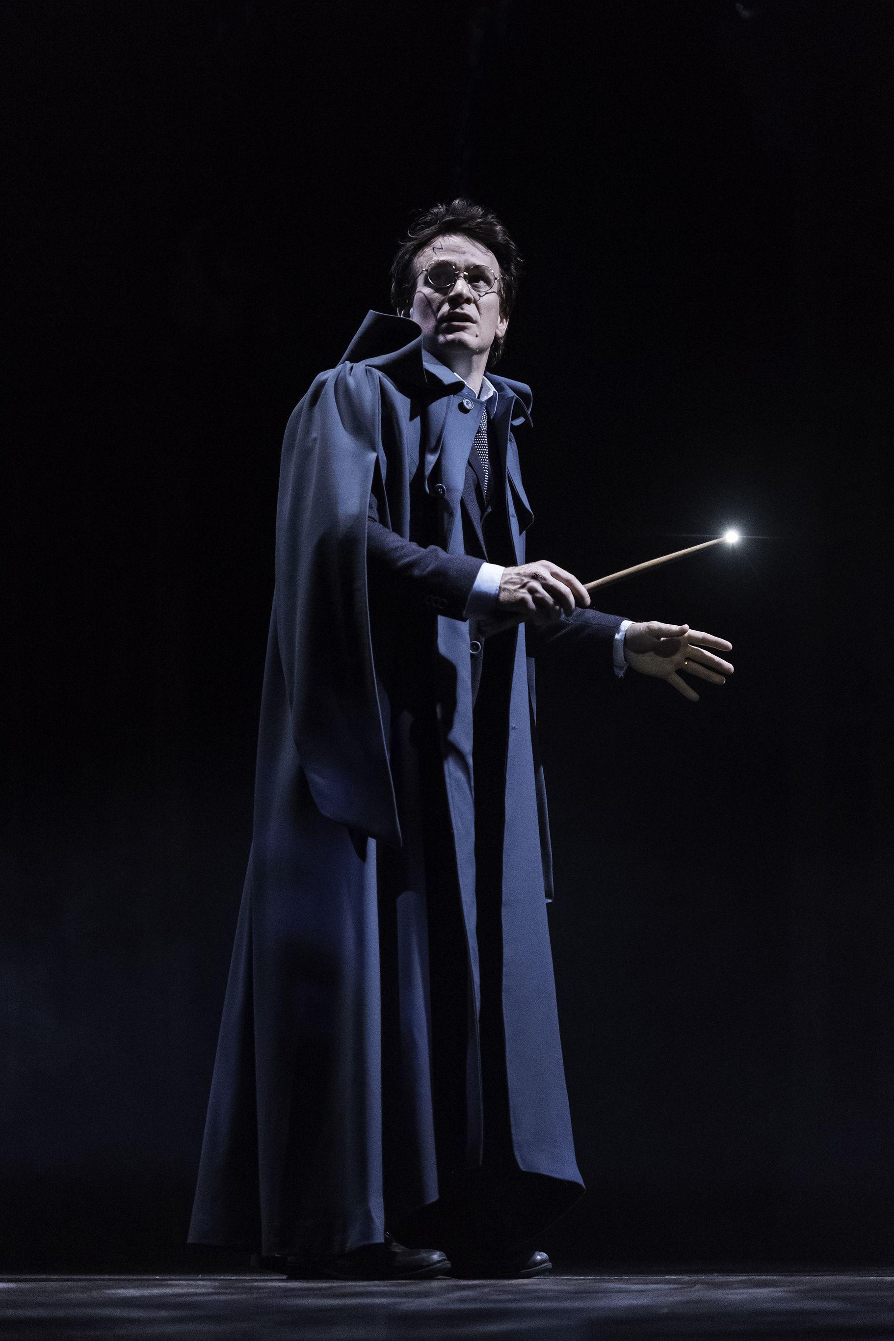 Harry Potter Theater Harry Potter Und Das Verwunschene Kind Das Verwunschene Kind Harry James Potter Theaterstuck