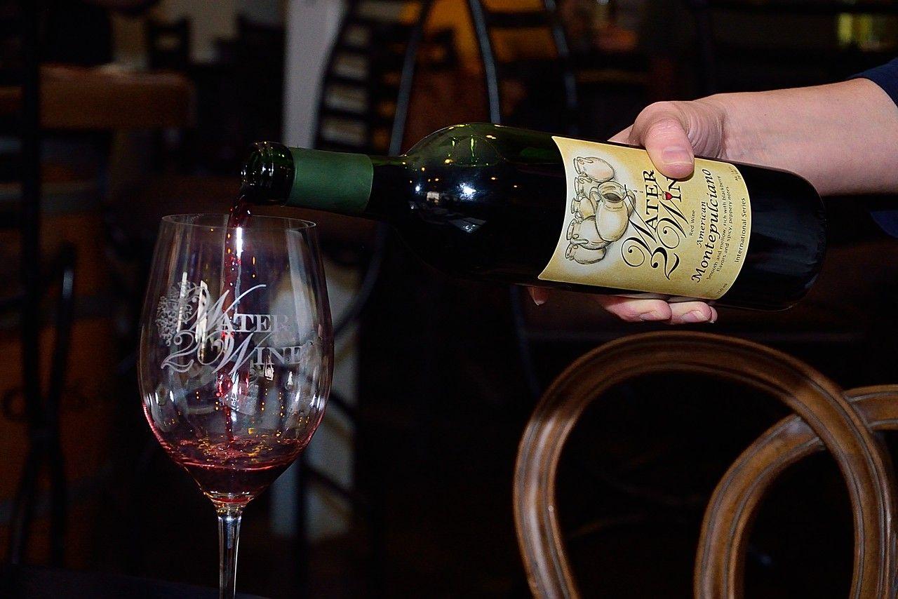 Your Custom Neighborhood Winery | Water2Wine