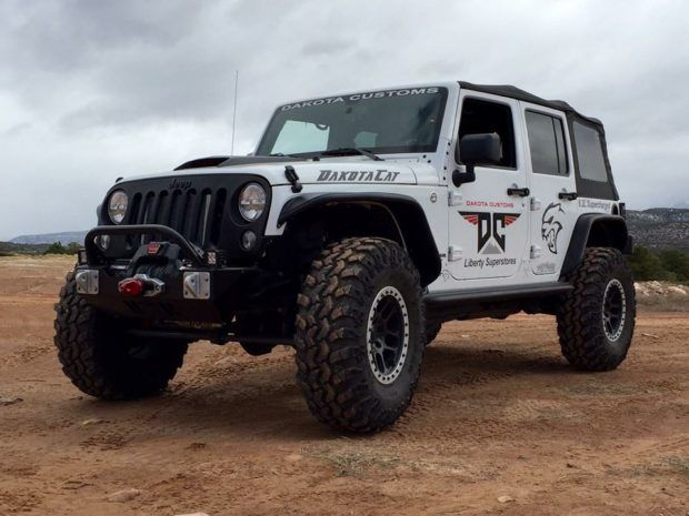 Jeep Wrangler Rubicon With A 6 2 L Hellcat V8 Jeep Wrangler