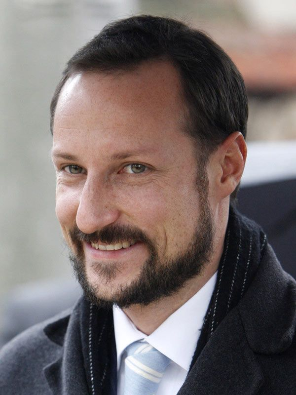 """There were doubts, but love prevailed. Haakon said in his speech at the marriage: """"Dear Mette-Marit . The light shines in your soul. I've never been so weak and never so strong."""