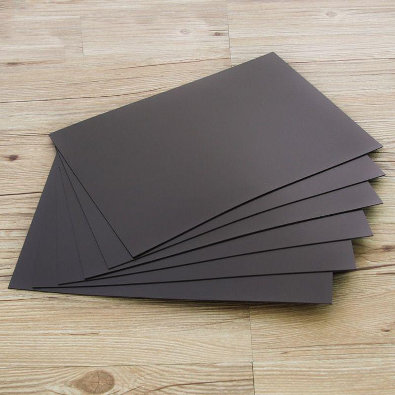 מספר עוביים של דף דבק חד צדדי Magnetic Sheets Spellbinders Soft Rubber