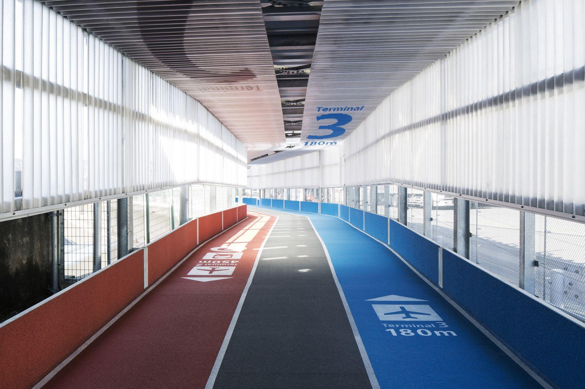 Gallery - Narita International Airport Terminal 3 / NIKKEN SEKKEI + Ryohin Keikaku + PARTY - 1