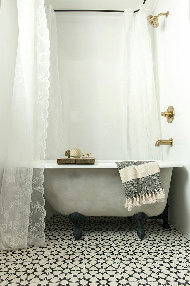 Pin by Lumeko on Home style | Pinterest | Bath, Vintage bathrooms ...