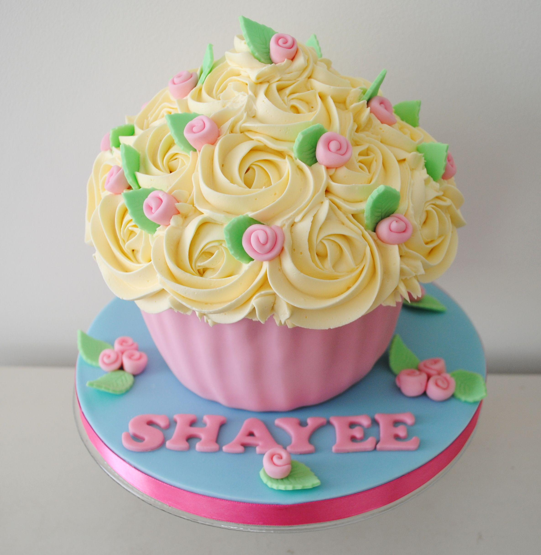 big cupcake - Buscar con Google Big Cupcake Pinterest ...