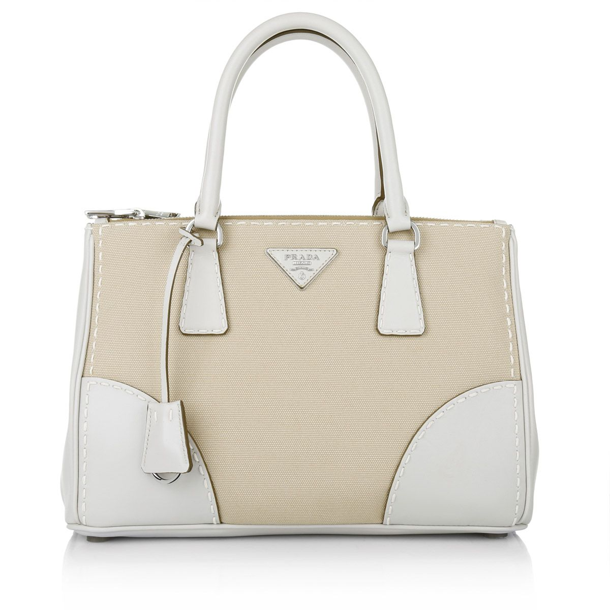 8ac7f088d94aa Perfect business bag in beige canvas and with classy white elements  Prada  Galleria Small Double Handles Rope Chalk  www.fashionette.de
