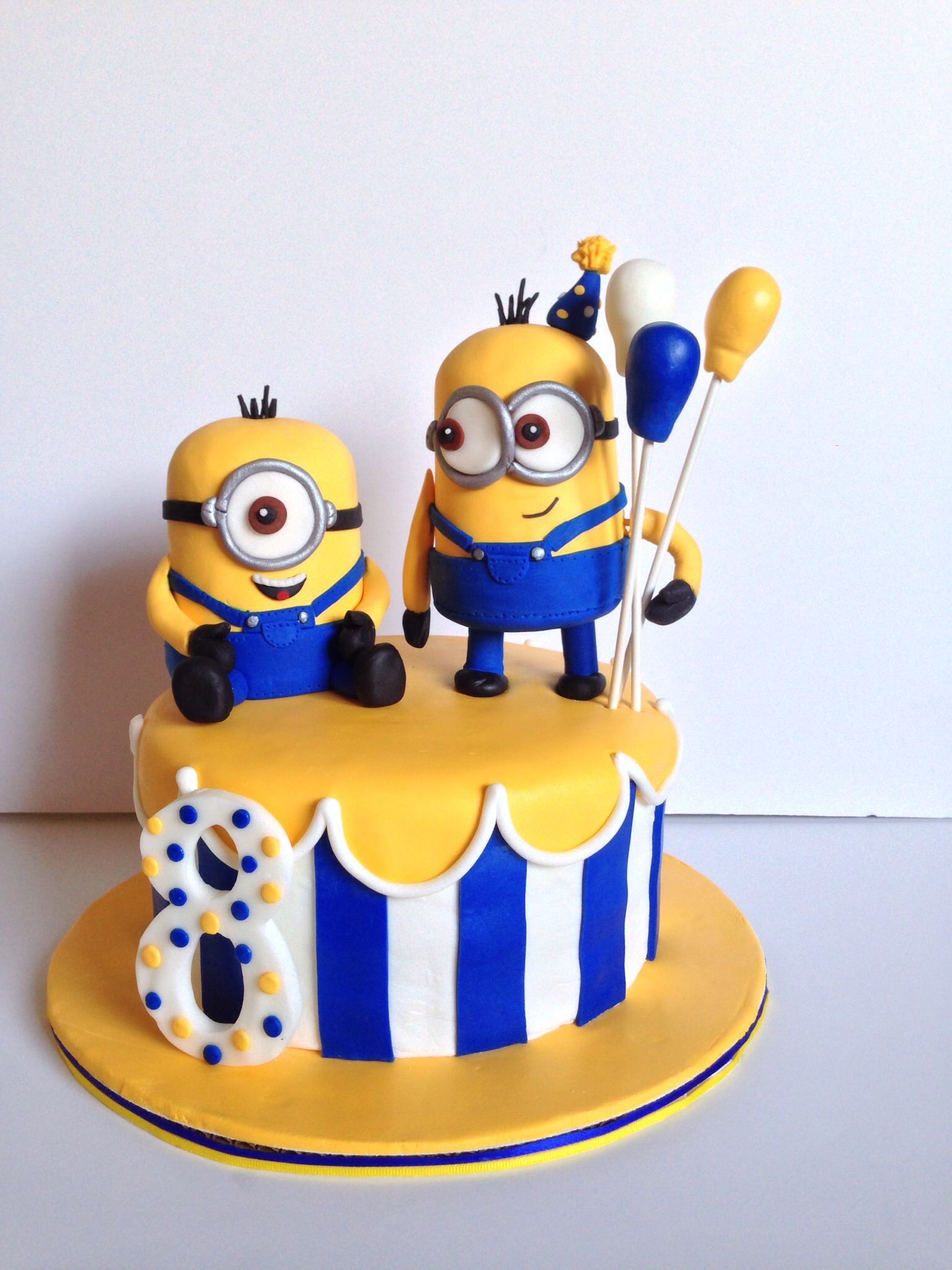 Minion Birthday Cake Novelty Cakes Pinterest Birthday Cake
