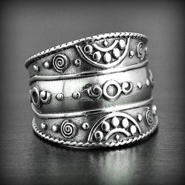 bijoux ethniques argent ancien