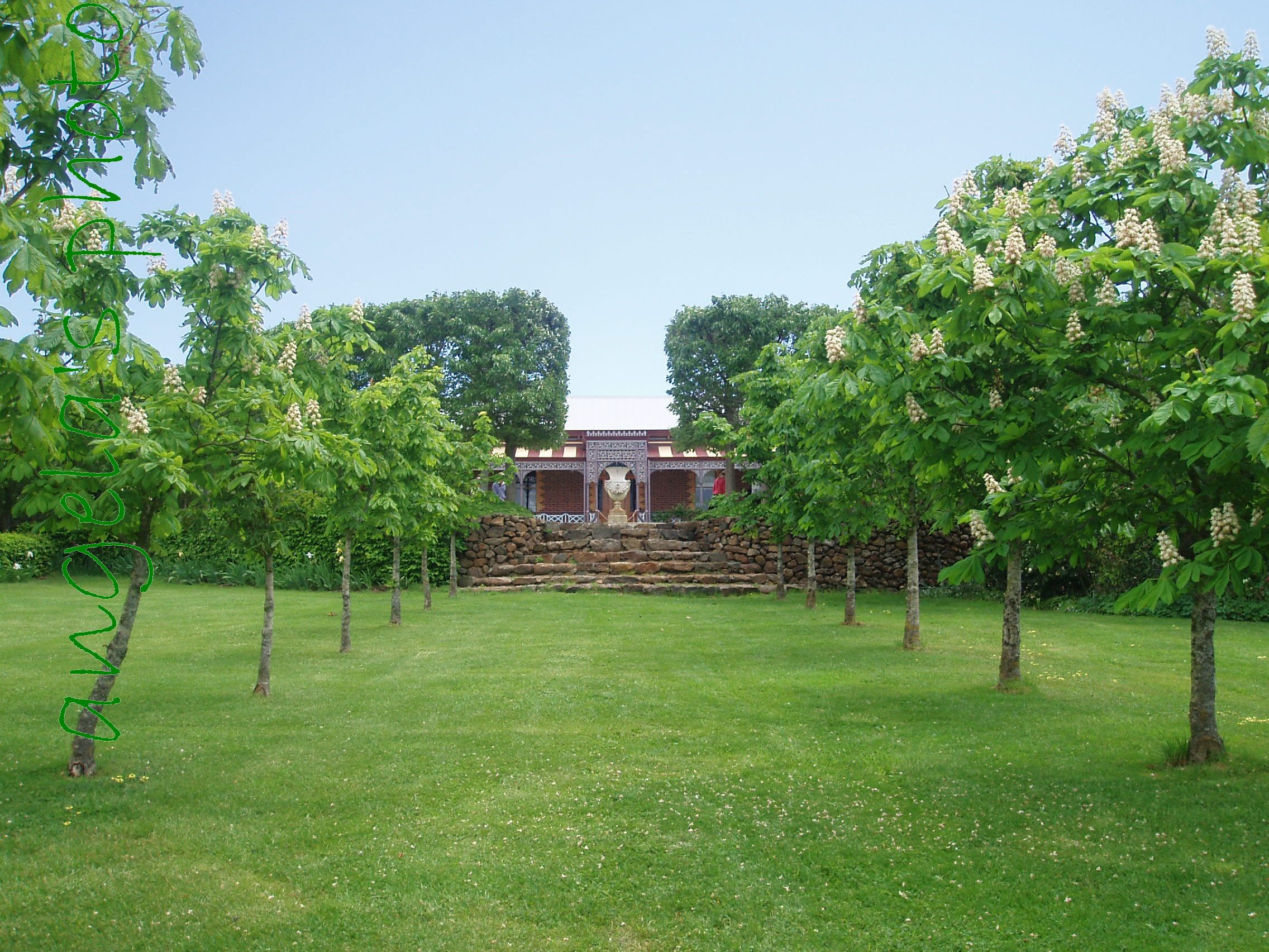 Paul Bangay garden design at 'Larundel' Victoria ...