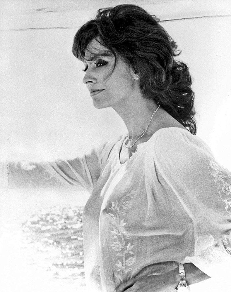Sophia Loren In Firepower 1979  Golden Girls In 2019 -6047